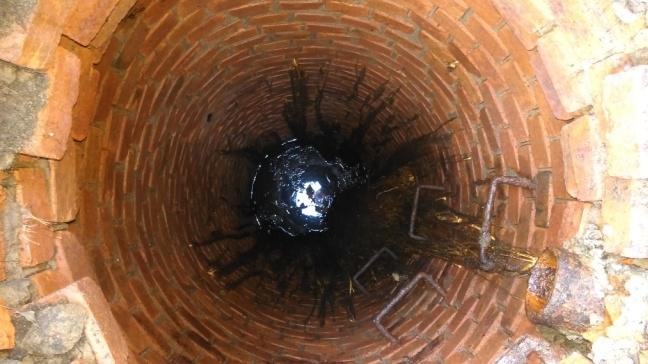 Чистка-канализационных-колодцев